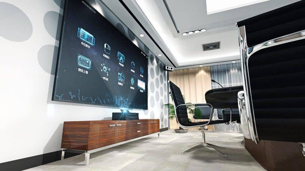 התקנת טלויזיה על תקרה